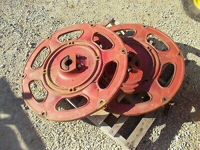 Farmall 240 Rc Ih Tractor Rear Case Wheel Center Hub 351244r2 Wedge Mount
