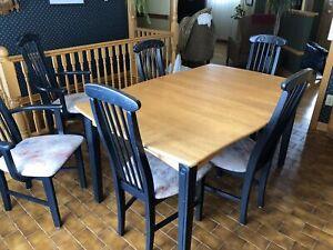 Mobilier de cuisine et salle à manger
