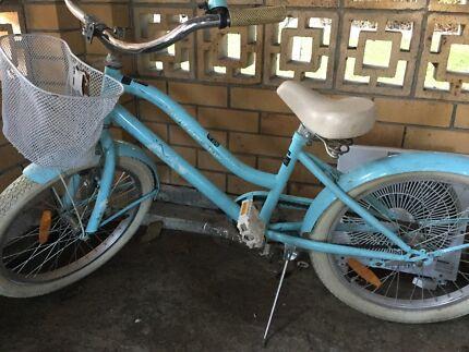 Girls vintage style bike 50cm