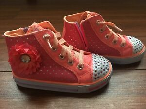 Size 9 Toddler Sketchers (Twinkle Toes)