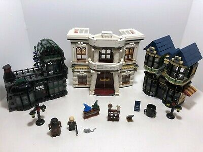 LEGO Harry Potter: Diagon Alley 10217 (2011) Retired. Great condition