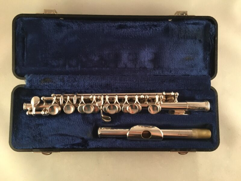 PICCOLO FLUTE - Gemeinhardt Piccolo Flute --Made in USA-- Silver Plated