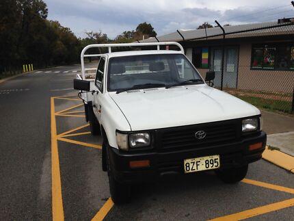 Toyota Hilux 2.8 Diesel 4x4 LN106R Single Cab ute