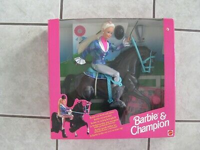 BARBIE DOLL & CHAMPION HORSE GIFT SET #13181 (c)1994 - 6 language box