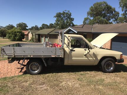 Toyata hilux.1983 Taree Greater Taree Area Preview