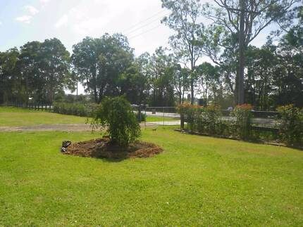 APPROXIMATELY 20,000M2 OF VACANT LAND FOR LEASE