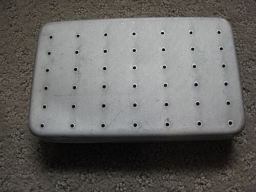 FLY-SAFE FLY BOX   BARRE, VERMONT  72 Clips