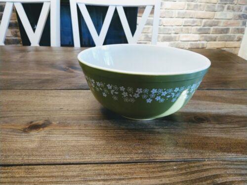 ZZ Vintage Pyrex Spring Green Crazy Daisy Mixing Bowl 2.5 L # 403 Avocado