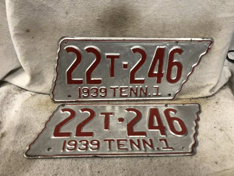 Vintage 1939 Tennessee License Plate Pair (Repaint)