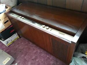 STEREO RECORD PLAYER / RADIO BY SHERETON WORKING ORDER Rye Mornington Peninsula Preview