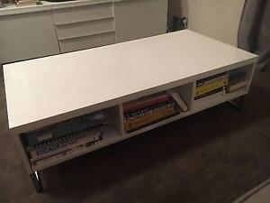 White coffee table | High quality Centennial Park Eastern Suburbs Preview
