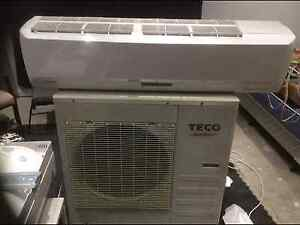 Reverse cycle air conditioner unit Australind Harvey Area Preview