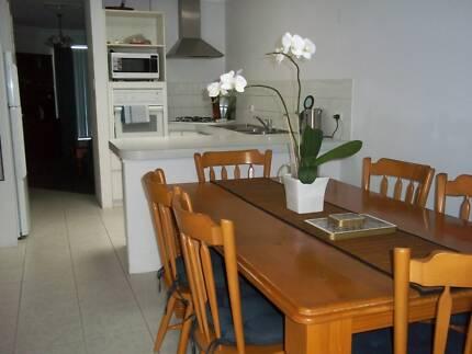 Private & secure, fully furnished, 2 bedroom villa in Glendalough Glendalough Stirling Area Preview