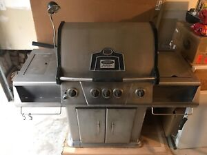 5 BUNER NATURAL GAS/PROPANE BBQ GRILL - VERMON CASTINGS