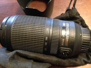 Nikon AF-S Nikkor 70-300mm lense