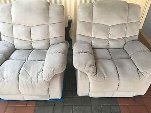 Recliner lounge High Wycombe Kalamunda Area Preview