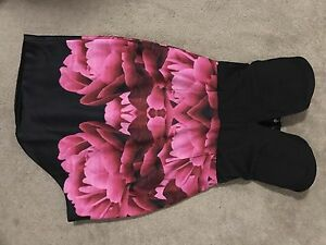 Black & Floral Dress Berwick Casey Area Preview