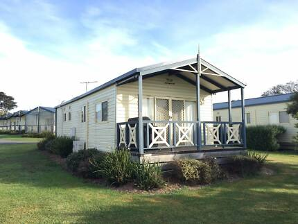 Two-Bedroom Holiday Cabin For Sale in Swan Bay, VIC #51