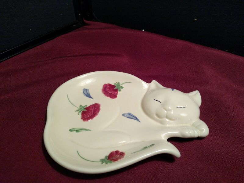2001 Lenox Poppies on Blue White Cat Small Figural Plate/Spoon Rest. Used
