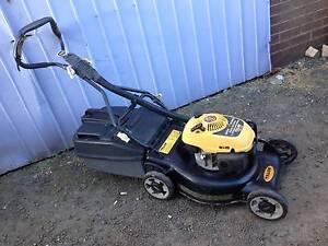 Talon Eagle 4 stroke lawnmower + catcher. Just serviced +Warranty Sunshine North Brimbank Area Preview