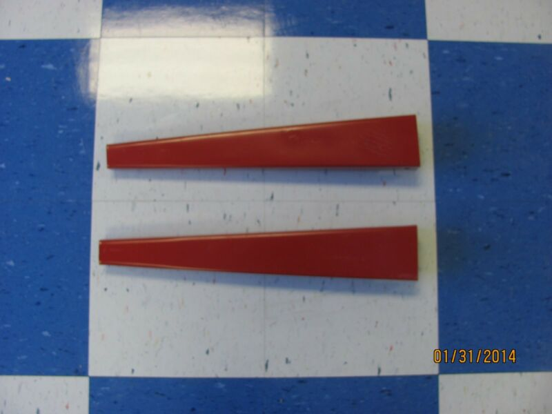 COVINGTON SD77 SIDE DRESSER FERTILIZER SPOUTS (2) FOR THE TP3A & TP6A UNITS