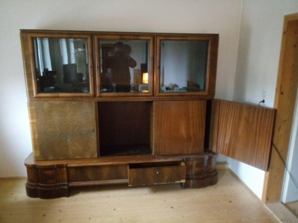 Wohnzimmerschrank Mahagoni mit Wurzelholzfurnier in Uelzen