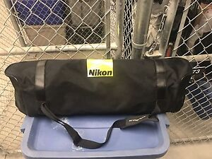 Nikon umbrella kit with carrying case