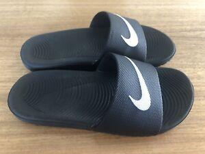 Nike Black Children's Slide in size U.S 3Y