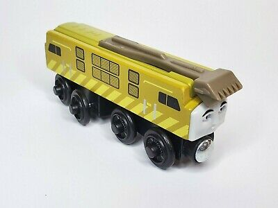 Thomas and Friends Engine Diesel 10 Wooden Train with Sliding Claw