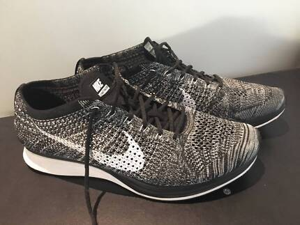 Nike Fly-knit Oreo Racers 2.0 11.5 US, warn once