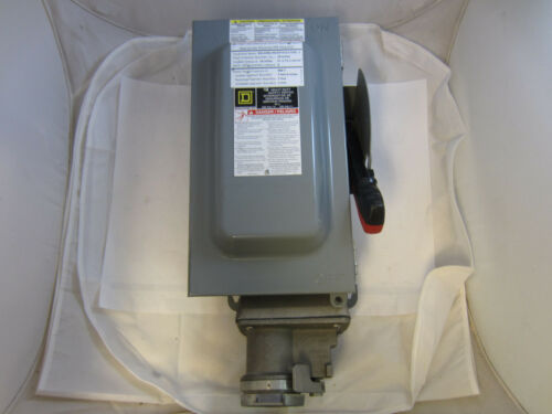 Crouse Hinds WSRD63542 Safety Switch Disconnect with 3w 4p 60 amp receptacle