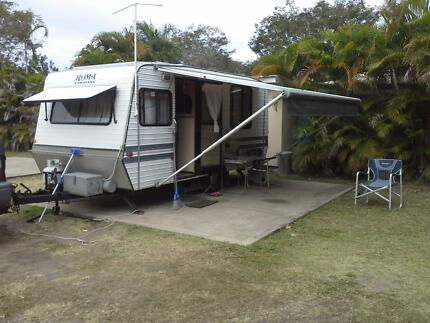 Roma 16ft caravan for sale, island bed lift up , Seaford Frankston Area Preview