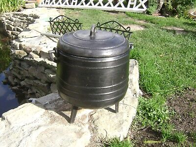 Vintage French cast aluminium cauldron/cooking pot tripod feet