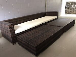 Quality Wicker Outdoor Lounge Set