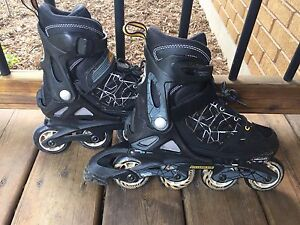 Rollerblades adjustable from size 2 to 5 youth