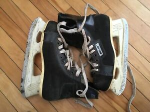 Bauer size 10 skated