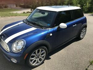 2009 Mini Cooper 6 speed manual
