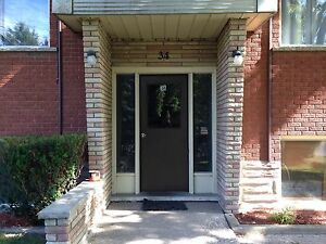 2 Bedroom Upper Floor Apartment for Rent $1000/mo - Stanley Park Kitchener / Waterloo Kitchener Area image 3
