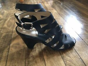 Size 9M international concepts gladiator sandals