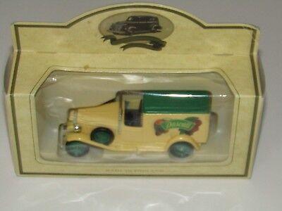 Lledo Promotional Packard Town Van - Pascall /L118