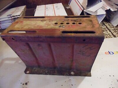 Farmall 460-560 Gas Farm Tractor Tool Box