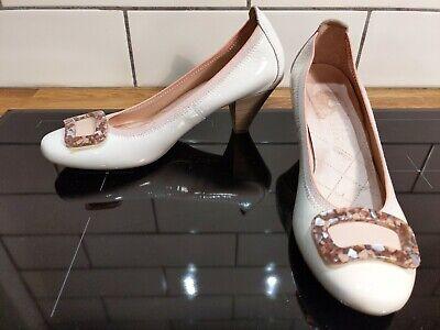 Vintage Mod Style Hispanitas Womens Beige Patent Leather Heels Shoes Comfy 37 4