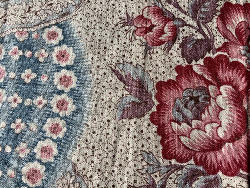 Beautiful Antique French Floral Garland Linen Fabric ~ Rose Lavender Blue