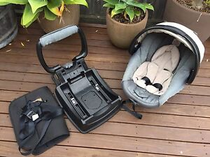 Safe n sound Unity baby carrier capsule Bellerive Clarence Area Preview