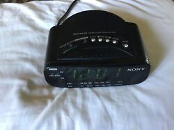 Sony Dream Machine Fm Am Clock Radio Alarm Model ICF-C212 Tested & Works Great