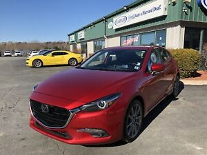 2018 Mazda 3 GT ROOF/NAVIGATION/BACK UP CAM/ LEATHER/ HEADS-U...