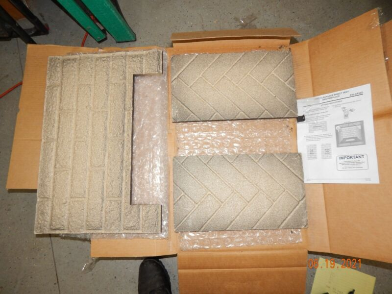 Regency P36 / P36D Gas Fireplace Double-Sided Brick Panel Set