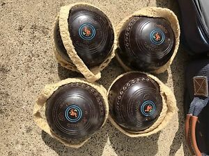 Henselite sz 1 heavy lawn bowls with everything Ascot Vale Moonee Valley Preview