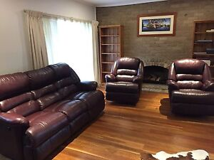 Reclining Leather Lounge - 5 seater Templestowe Lower Manningham Area Preview
