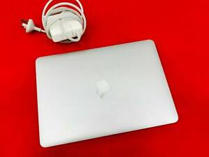 MacBook Pro 13/ Late 2013/ 8 Ram/ 256 SSD
